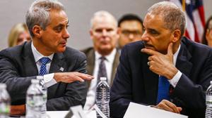 Prokurator generalny Eric Holder z wizytą w Chicago